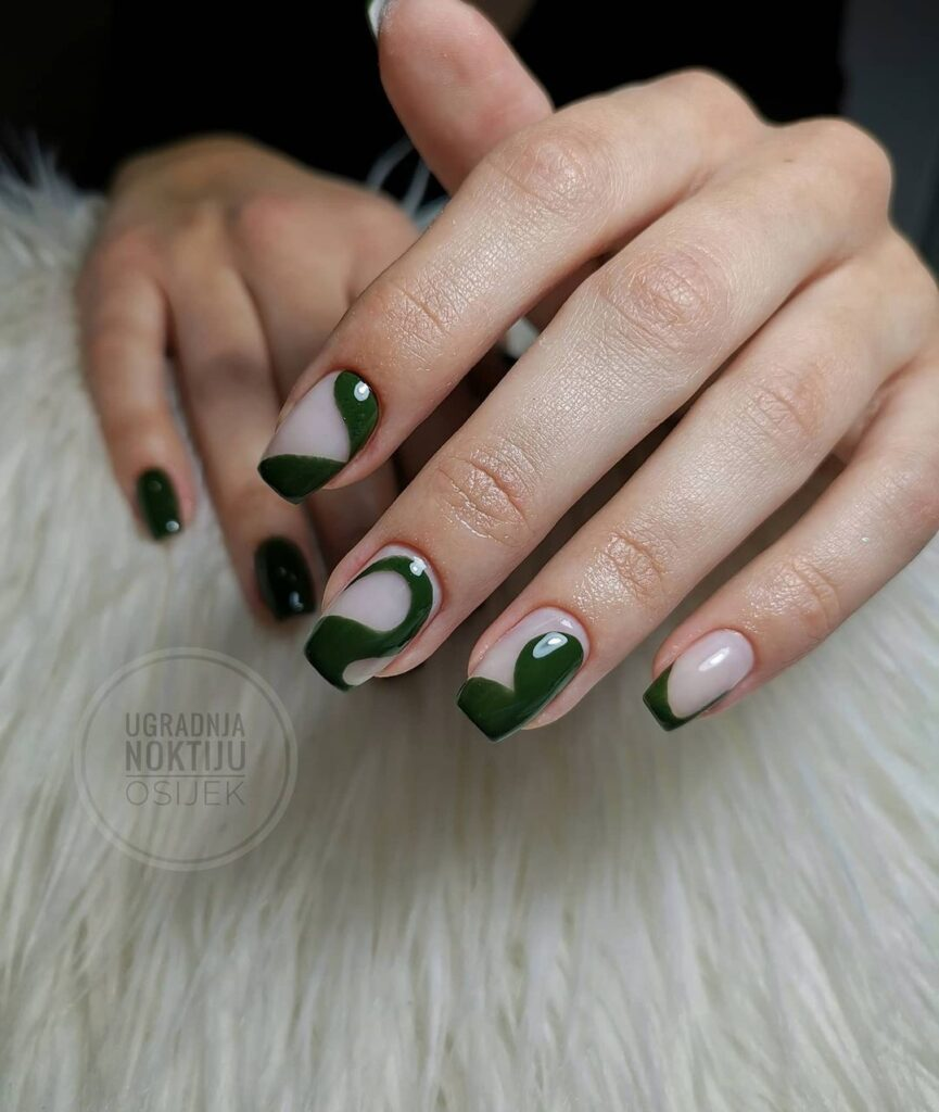 Kendall Jenner's Nail Designs