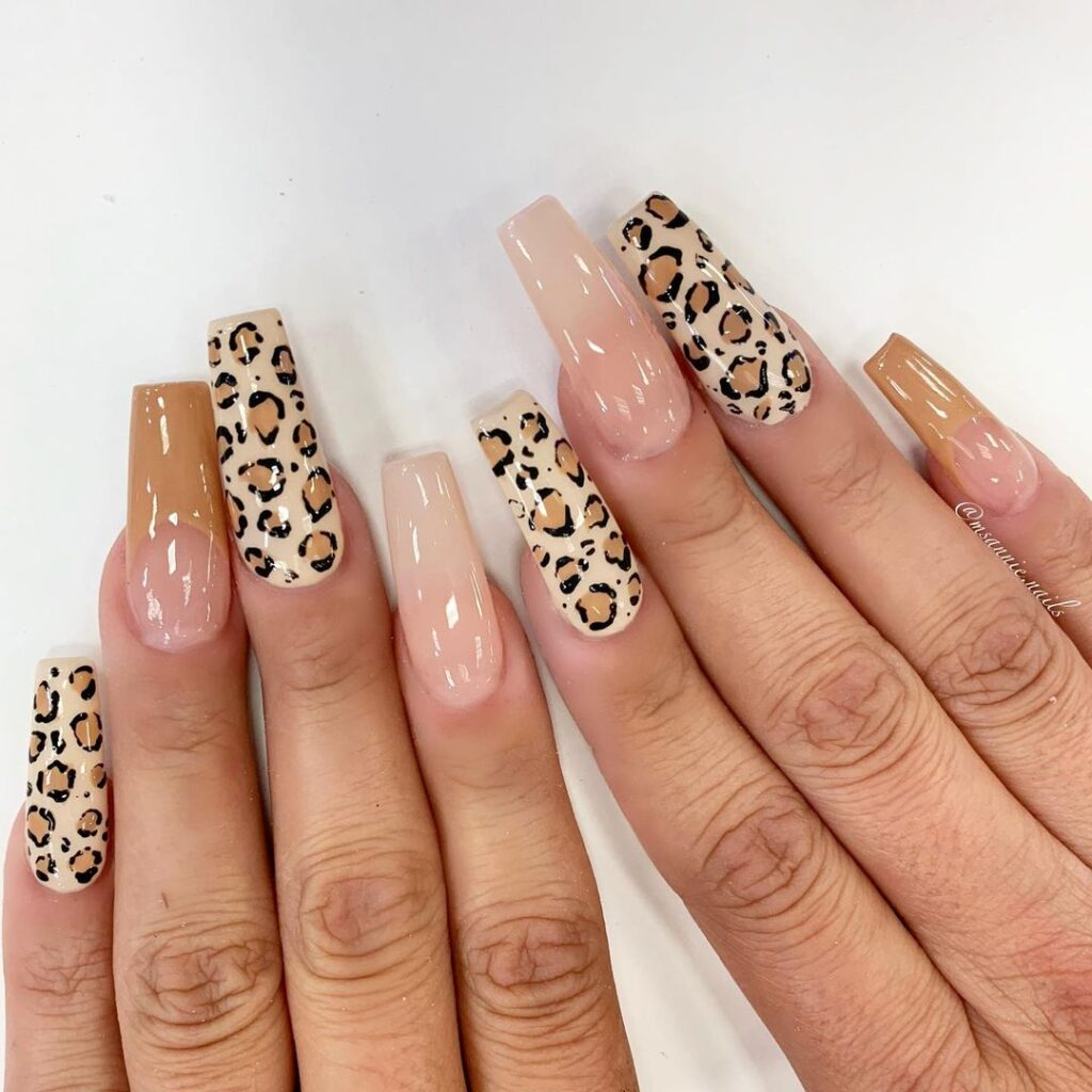 Queen of the jungle - cheetah nails